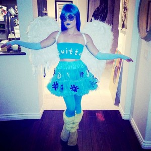 lucy-hale-495