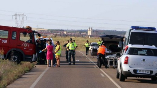 Muere un bebé en un accidente en Cigales (Valladolid)