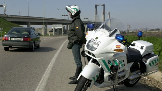 guardia civil, Alcalá de Guadaira, tráfico, accidente, muertos, carreteras