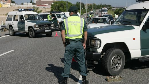 Estepona, accidente, Guardia Civil, muerte,