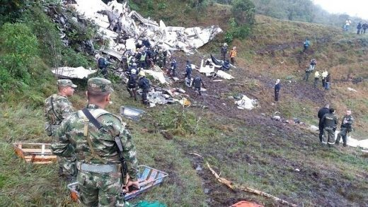 chapecoense, avion, accidente, colombia, combustible, investigacion